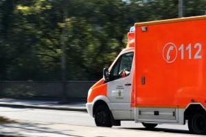 ambulance-970037_640